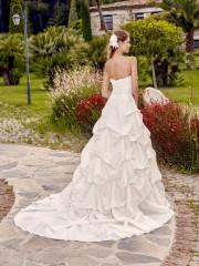 point-mariage-robe-de-mariee-turkana